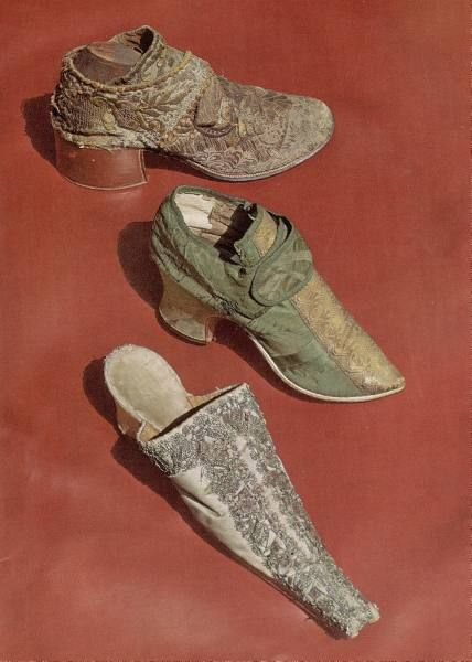 decorated mens shoes