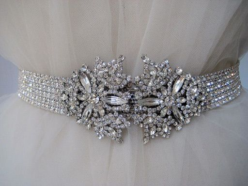 very pretty beltCrystals, Wedding Dressses, Fashion, Vintage Wardrobe, Dresses, Bridal Belts, Vintage Rhinestones, Rhinestones Belts, Bridal Accessories