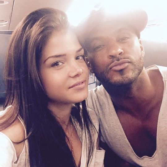 Ricky Whittle and Marie Avgeropoulos on the plane to ComicCon || The 100 cast || Linctavia || Lincoln and Octavia Blake