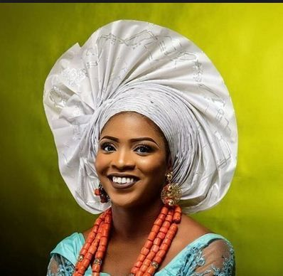 Gele is a typical Yoruba female head wrap that is worn at special events like weddings or parties. Gele has gradually spread around the world because it is a fashion attire that you cannot ignore when you see it. Today, there are different ways we use these head-wraps because everyone wants to be creative with …