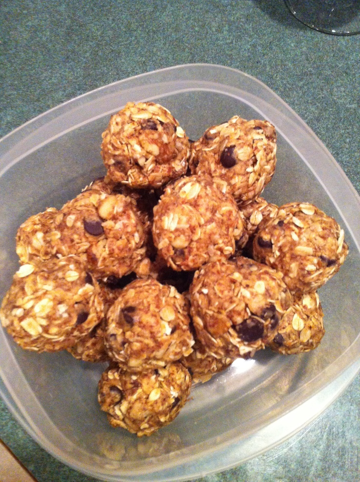 Clean no bake power balls 1 1/4 cup oats, 3/4 cup natural peanut butter, 1/3 cup honey, 1/2 cup ground flax seed, 1/2 cup dark Choc morsels, 1/2 cup walnuts. Mix all well. Chill in fridge for 30 mins. Form into golf ball size balls. Cover and refrigerate for up to a week. Eat within 30 mins of waking or pre or post workout. Enjoy!