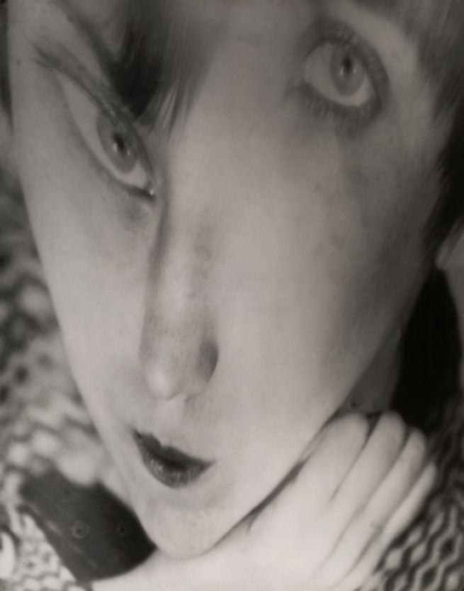 Berenice ABBOTT :: Portrait of the Artist as a Young Woman - Negative c. 1930 / Distortion c. 1950 Gelatin silver print [MoMA]