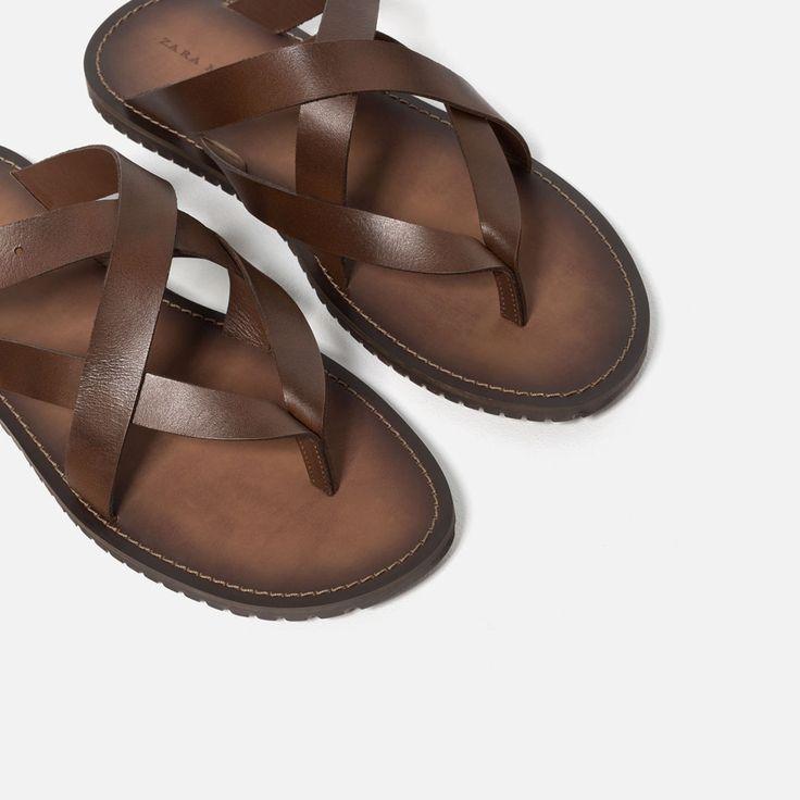 Кожаные сандалии с плетеными ремешками