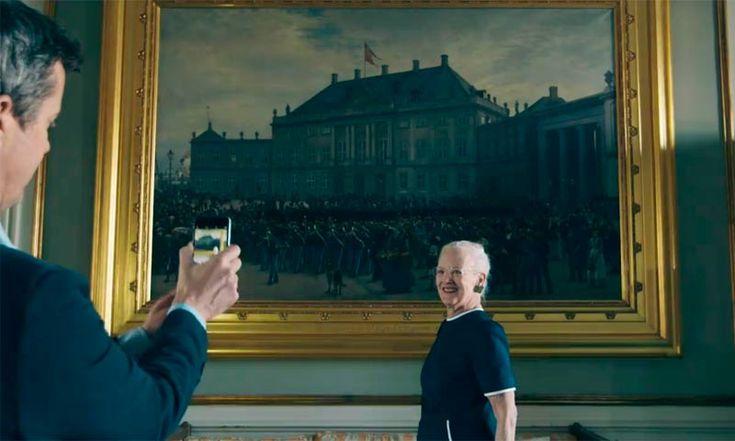 La Reina Margarita de Dinamarca se suma a la moda de los millenial de la mano del Príncipe Federico