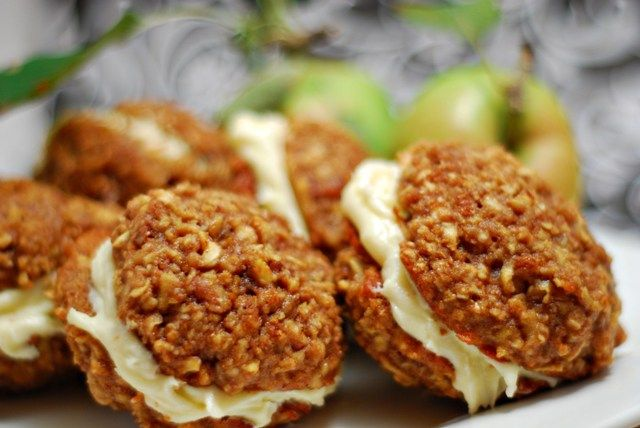 moist apple and spice browned butter, brown sugar oatmeal cookies ...