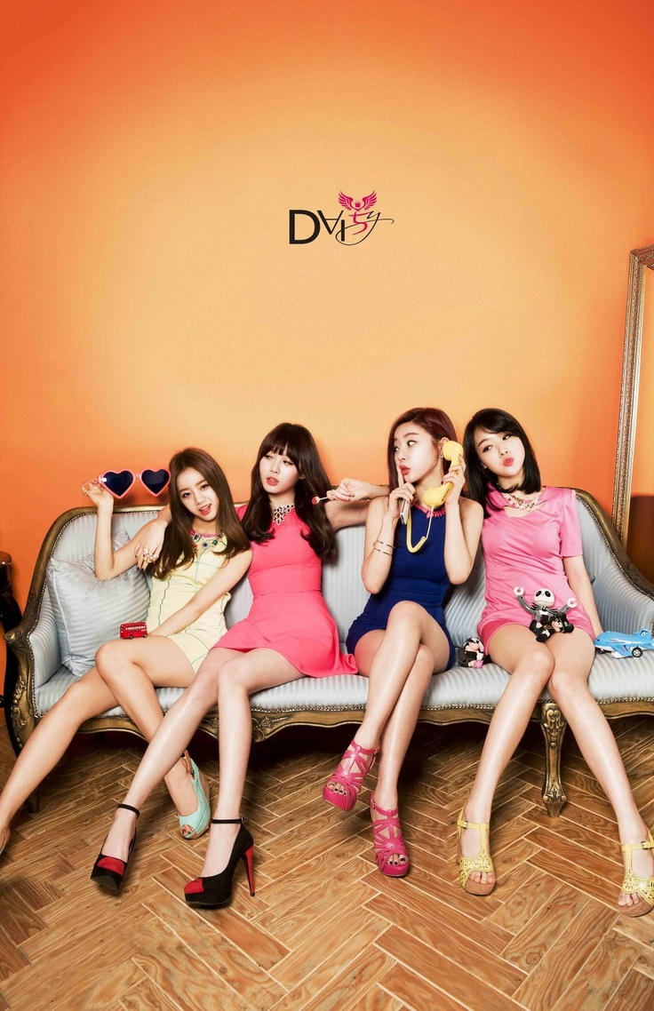 Girl's Day Hyeri, Yura, Sojin and Minah