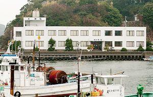 桃取 松家   三重県鳥羽市桃取町にある新鮮な海の幸料理を楽しめる旅館