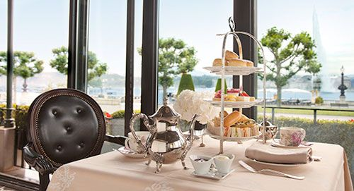Special Mother's Day afternoon tea this Sunday (6 March 2016)  for our English readers at Hotel d'Angleterre.