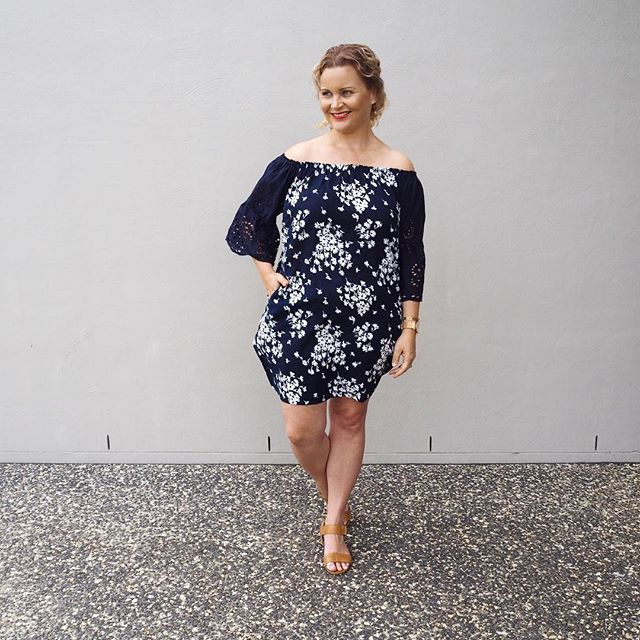Another day, another OTS outfit 💙 This gorgeous Navy Daisy OTS dress is from @whitehavenemporium (gifted) Yes, the sleeves are anglaise AND it has pockets! 💙 Don't forget to use the discount code KIRSTENANDCO20 to receive 20% off your @whitehavenemporium order 🙌🏼 Watch & bangle from @thepeachbox (see previous post for close up & discount code details) Shoes are Tabatha wedges from @airflexshoes #sharedmystyle #whitehavenemporium #airflexshoes #thepeachbox