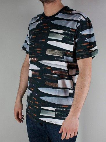 IUTER FULLPRINT TEE T-shirt Manica Corta - blades € 49,00 - See more at: http://www.moveshop.it/ecommerce/index.php/it/articolo/69390/12949/FULLPRINT%20TEE#sthash.cf4XG4NL.dpuf