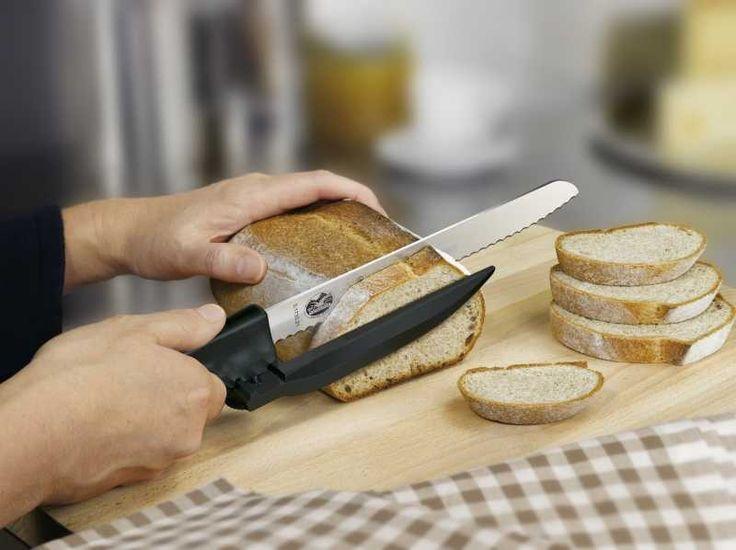 Mutfağa adım atmayı bir külfet olarak görenlere de, ufak ufak yemekle daha bir…