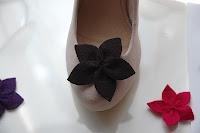 felt flower shoe clips