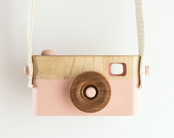 Wooden Toy Camera, Wooden Toys, Nursery decor, Baby Birthday Gift, Toddler Birthday Gift, Kids Camera, Pink