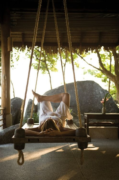 17 ideas about outdoor swing beds on pinterest porch for Outdoor pallet swing bed