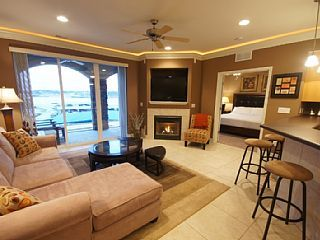 NEW EXCLUSIVE ATRIUM UNIT AT LANDS' END - BY THE OUTLET MALL! - BEST OF THE BESTVacation Rental in Osage Beach from @homeaway! #vacation #rental #travel #homeaway