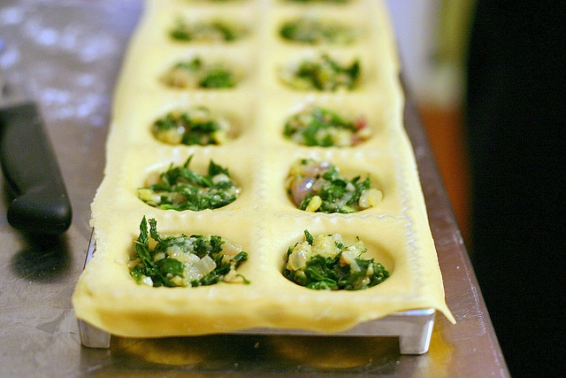 make ravioli in an ice cube tray- brilliant!