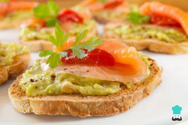 Receta de Guacamole con salmón ahumado #RecetasGratis #Recetas #RecetasFáciles #RecetasGourmet #Guacamole #SalmonAhumado