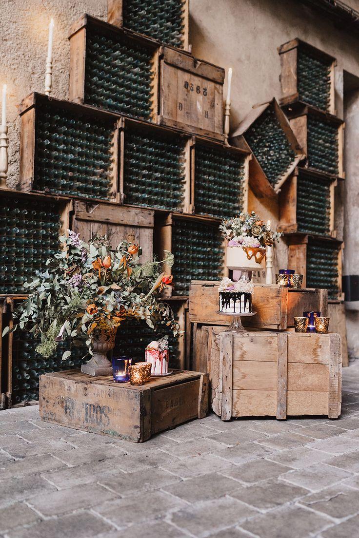 Rustic cake table decor caketable weddingcake for Rustic industrial