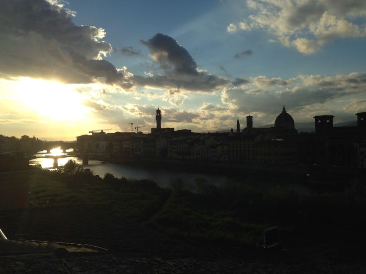 Firenze in Firenze, Toscana http://omnesgreen.tumblr.com/post/91286527382/omnesgreen-italia-firenze