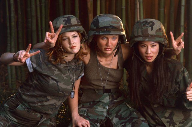 Charlie's Angels Full Cast | ... Drew Barrymore, Cameron Diaz and Lucy Liu in Charlie's Angels (2000