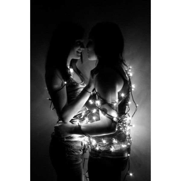 Lesbian love Lesbian Love ❤ liked on Polyvore featuring backgrounds, lesbian, couples, love and pictures