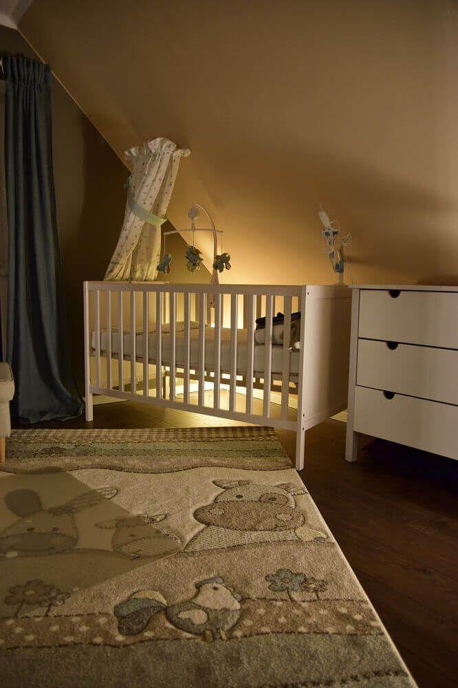 Une lumière vive dans la chambre du bébé vous garantit une bonne nuit de sommeil   – *Unser erstes Baby – Blog*