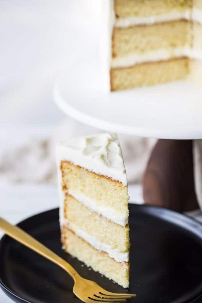 Je ne ferai plus jamais une autre recette de gâteau à la vanille – celle-ci est la meilleure de tous les temps! …   – Yummm….