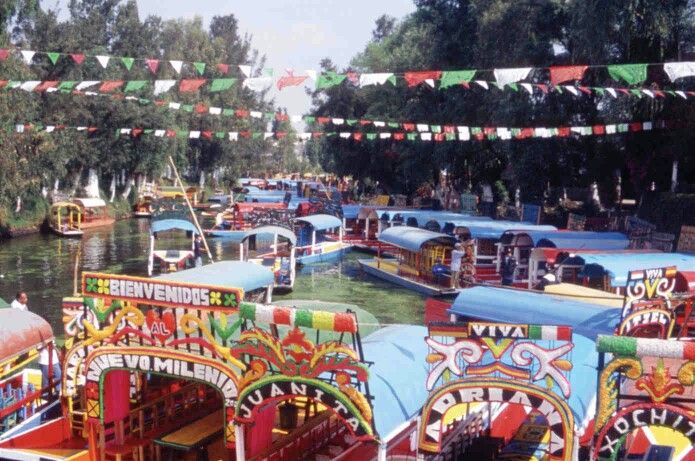 Flower barges on Xochimilco