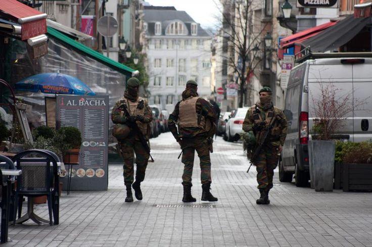 Belgia: Operacja antyterrorystyczna w Brukseli  ____________________________ Prosimy o udostępnienie posta, abyśmy mogli utrzymać zasięgi wiadomości http://busydoholandii.org/belgia-akcja-antyterrorystyczna/