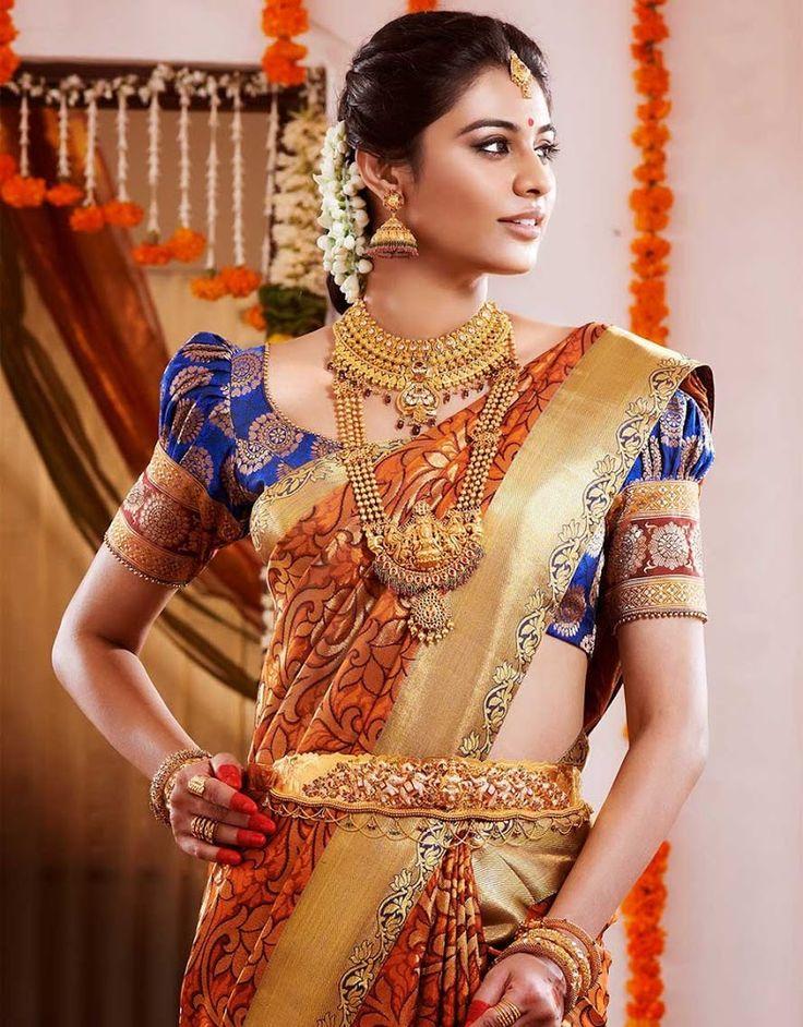 Wow! Style by  Kausar Bridal Studio, Chennai  #weddingnet #wedding #india #indian #indianwedding #ceremony #indianweddingoutfits #outfits #backdrops #prewedding #photographer #photography #inspiration #gorgeous #fabulous #beautiful #jewellery #jewels #details #traditions #accessories #lehenga #lehengacholi #choli #lehengawedding #lehengasaree #saree #bridalsaree #weddingsaree #tikka #earrings