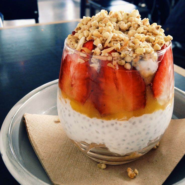Eat. Play. Shop.: Eat. @ Addict Food and Coffee - Coconut and Chia Seed Superfood Stack with mango, puree, peach, strawberry and puffed buck wheat.