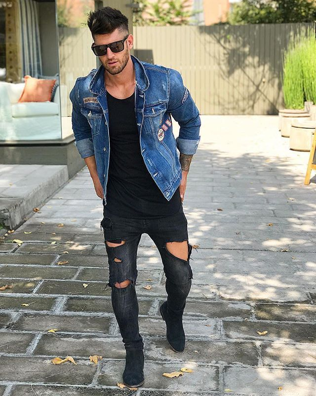 Style by @valentinbenet Via @streetfitsgallery Yes or no? Follow @mensfashion_guide for dope fashion posts! #mensguides #mensfashion_guide #menoutfits