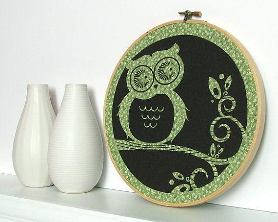 Hoot owl screenprint embroidery hoop $15 : Fall Leaves, Wood Grains, Owl Embroidery, Prints Fabrics, Embroidery Hoop Art, Trees Branches, Screenprint Ideas, Owl Wall Art, Embroidery Hoops