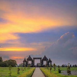 Wisata Religi Kristen Katholik Jogjakarta Yogyakarta & Jawa Tengah: KEMEGAHAN CANDI RATU BOKO di KOTA YOGYAKARTA
