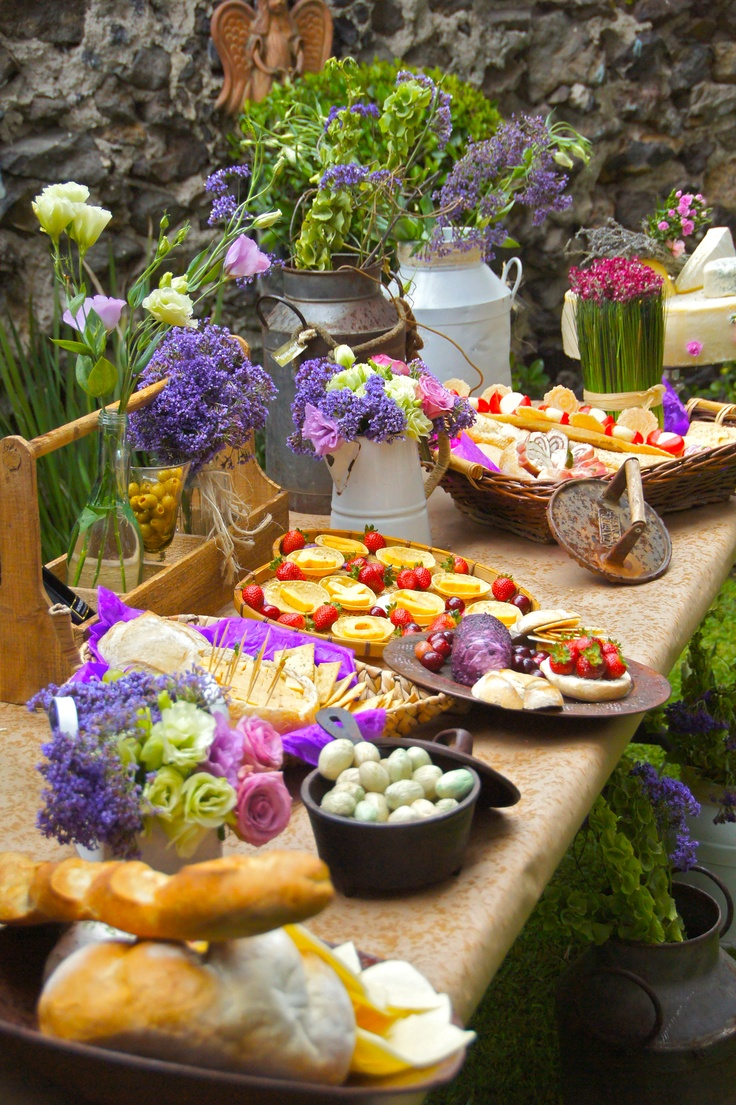 Idea para color en las mesas de quesos, panes