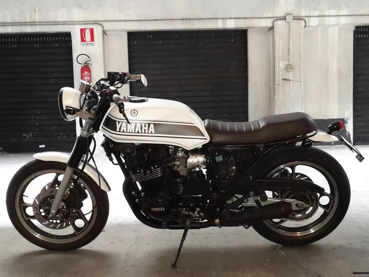 Yamaha XJ 600 Brat Cafe | Straight Cafè - Find Your Special Motorbike … Right Now!