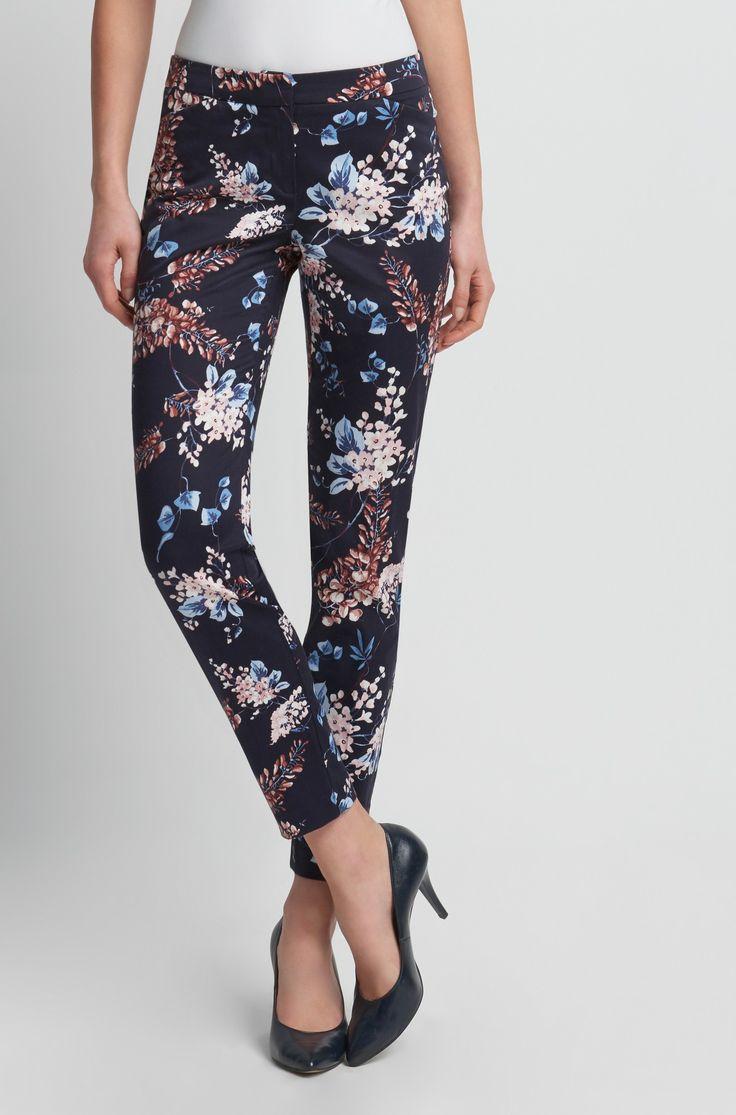 Pantaloni țigaretă cu flori