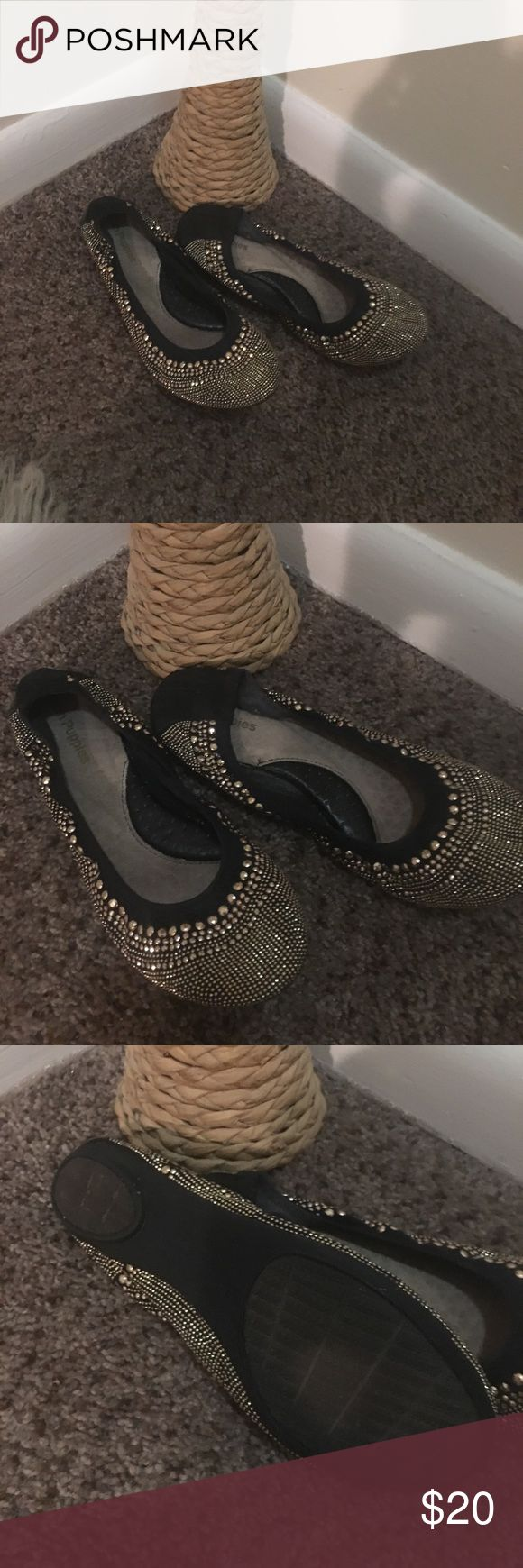 Sparkly flats for any occasion!! Gold bling bling!! Hush Puppies Shoes Flats & Loafers
