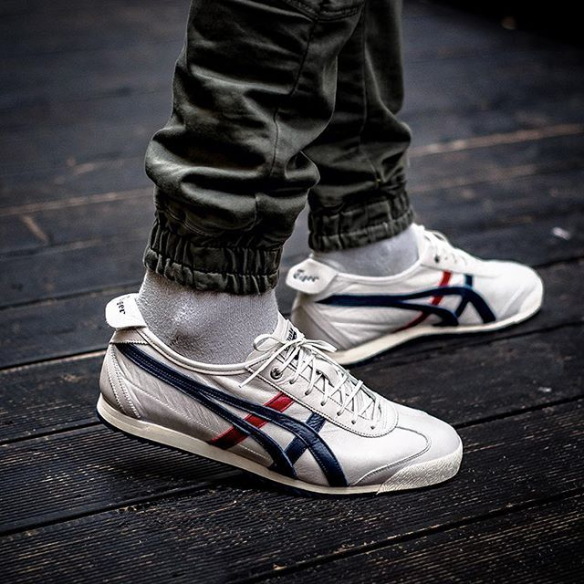 ONITSUKA TIGER MEXICO 66 SD 14000 @sneakers76 store online (link in bio) @