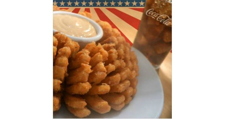 FREE Bloomin' Onion & Beverage @ Outback Steakhouse For Veterans & Active Duty Military 11/11! -    FREE Bloomin' Onion & Beverage @ Outback Steakhouse For Veterans & Active Duty Military 11/11! Active and retired Military Personnel who have one of the following forms of identification on NOVEMBER 11, 2017 ONLY. a) U.S. Uniformed Services Identification Card, (b) U.S.... - http://www.mwfreebies.com/2017/11/09/free-bloomin-onion-beverage-outback-steakhouse-f