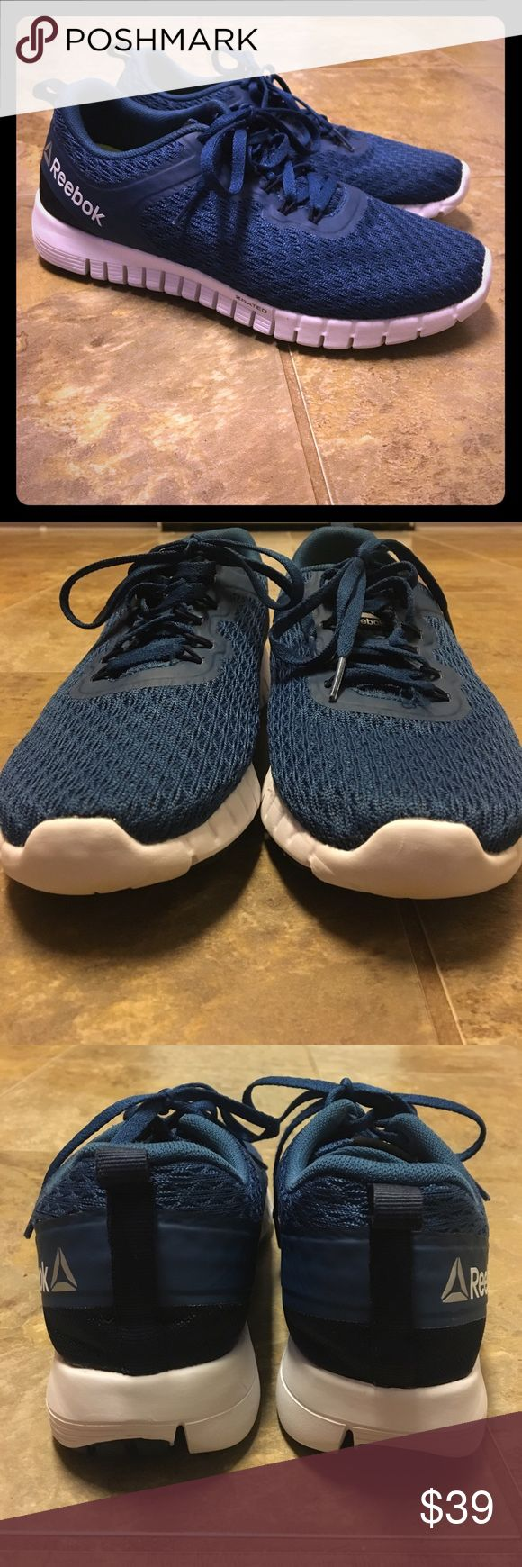 Reebok Memory foam sneaker Lightly worn. Have been washed. Like new. Reebok Shoes Athletic Shoes