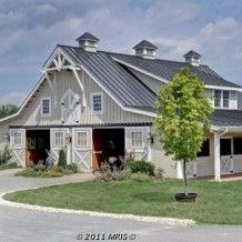 Custom Twin Center Aisle Way Barn, with Gable Roof