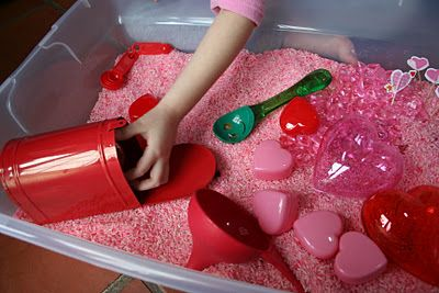 Valentine's Day Sensory Box from Pink and Green Mama Blog