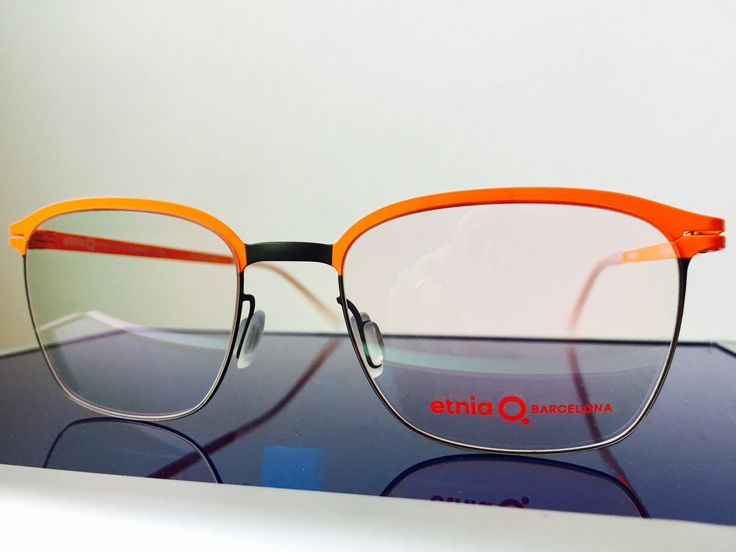 oggi in #vetrina c'è #ETNIABARCELONA!  Se cerchi #occhiali da vista e occhiali da sole non convenzionali a #pesaro e #montecchio...la risposta è #otticaventuri!