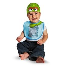 Sesame Street - Bib & Hat - Oscar - Ages 3- 6 months