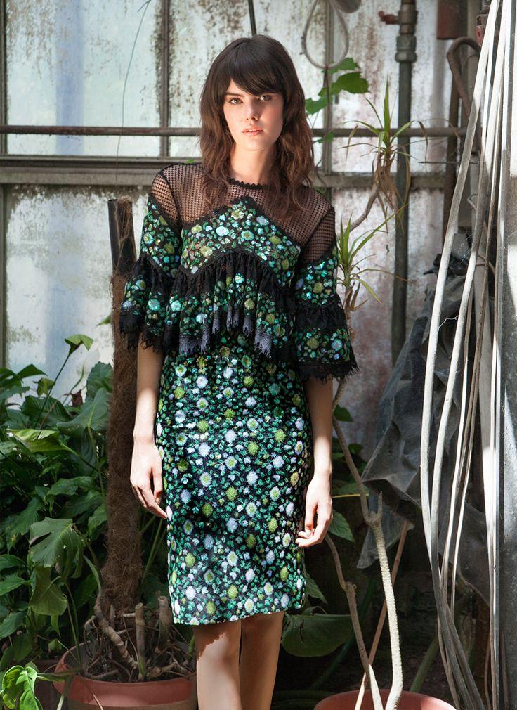 Resort 1754 Top Ruffled-Sleeve Sequin Lace Top, Green