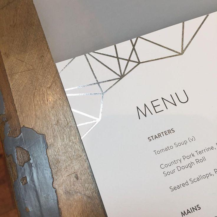 Printing wedding menus always makes me hungry! Geometric design in silver foil #weddingmenu #geometricwedding #modernwedding #contemporarywedding #weddingideas #urbanwedding #citywedding #designerwedding #silverwedding #silverfoil #foilpressed