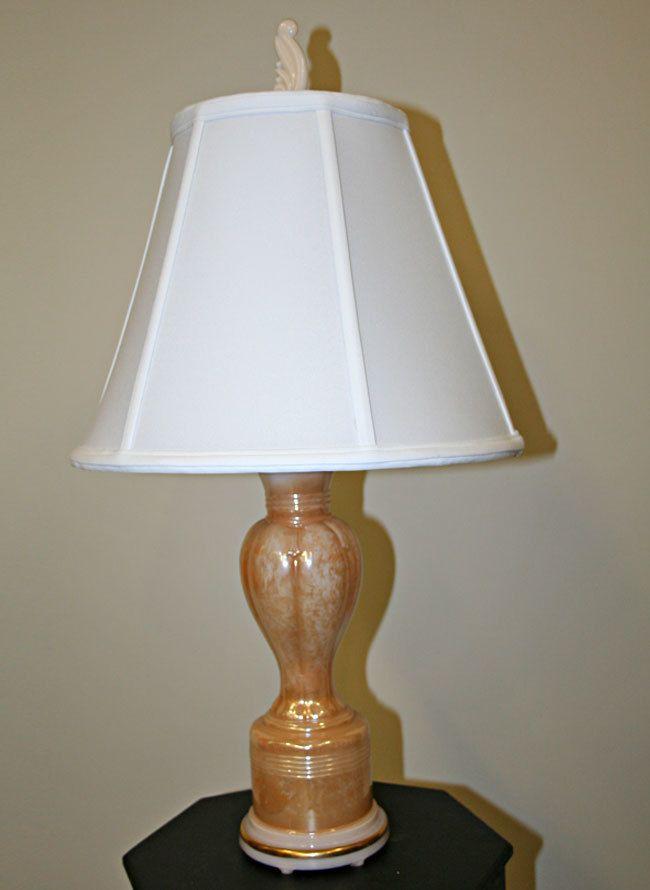 Aladdin alacite boudoir lamp peach tone w gold trim c 1950 myrlg