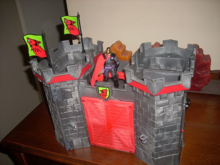 Castle Destro/Playmobil Take-Along Castle/Burke's Outlet - HissTank.com