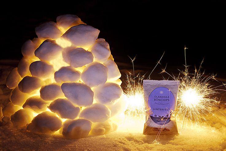 Nu har det blivit dags för Vinterfest och säsongens smak salt och toskansk tryffel. Det är ett krispigt bönsnacks som passar utmärkt för alla tryffelomaner!  #Öländskabönchips #bönchips #chips #snacks #tryffel #vinter #Beriksson